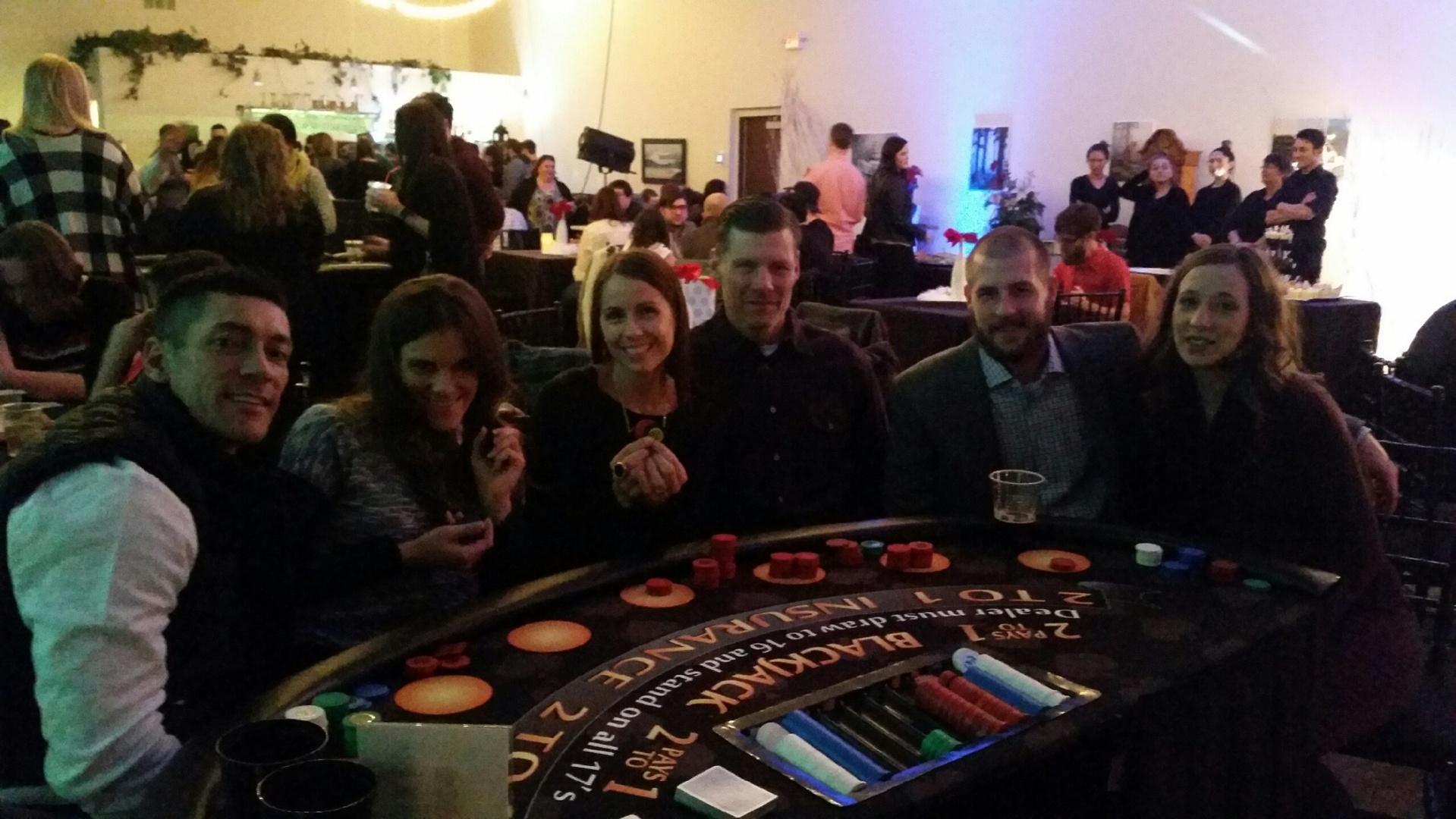 Casino_table.jpg